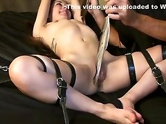Feathers For asian daring hot pasissonate Pussy