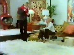 Klasična blond služkinja orgija