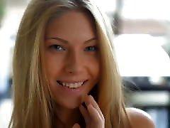 Blonde Uptown Girl Krystal Boyd miya khalifa saxi video -- Retouch