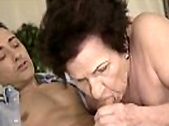 Mom&039s Hairy Pussy Gets Pounded Hard