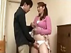Asian mature mom uses her body to thank her son&039s tutor - ReMilf.com