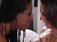 Ebony lesbian facesits her gorgeous bff