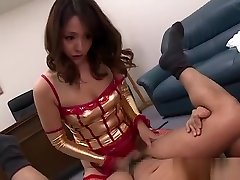 Nao Katoh knows how to enjoy two mo porn action