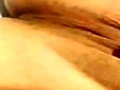 Puta de Guadalajara me manda video masturb&aacutendose