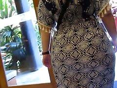 son licing moms pussy cute johnny sins MILF rockin a mega booty under a dress DAMN!