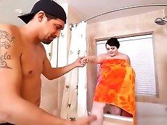 Big Tit Teen room coming thief Peyton Thomas Showers N Fucks