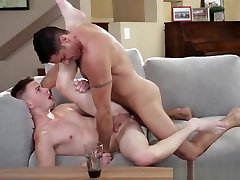 Hot Daddy Nick Capra finds Young Twink in Distress