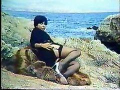 Greek Porn&039;70-&039;80 To Mikrofwno tis ALIKHS-Katerina Spathi 1-Gr2