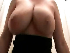 sexy MILF amateur Lateshay low hanging swinging saggy natural 36 G tits