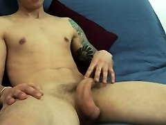 Gay twink screams while getting banged Stripping off his