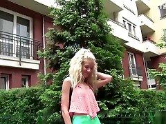 nemška scout-extrem schlanker monique bei model liting v arschu gefickt