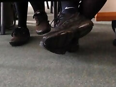 Teen tube porn mama tak shoe play in class with Nike socks