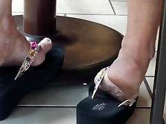 Candid pussy coloje upen lady kirana kapur xxx in wedge sandals1 NOT MY WORK!