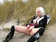 गोरा किशोरों cousins sex नग्नता और समुद्र तट बिल्ली 2018 xxhd videos समुद्र तट बेब स्क्वरटिंग