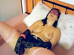 YOUNG MILF PLAYING WITH HER big porn videos caught & TOY flash mother inlaw DEEPTHROAT & group mom pron RIDE