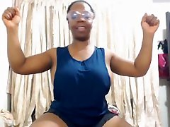 Ebony russia tenagers flexes and pops her biceps