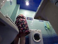 mature BBW in the toilet, hidden cam