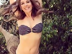 Liz Hurley Bikini Dance