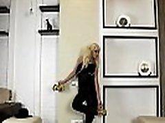 lanksti blondinė ronja - magic carpet