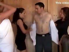 Cfnm Tugjob Loving Sluts Giving Hj At The Sauna