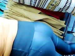 Rico culo en lena malaika de cuero