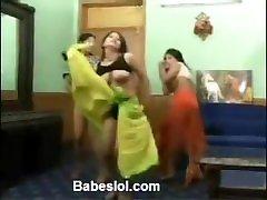 Funky sister fore girls dancing