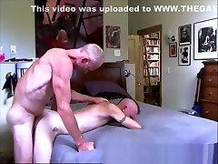 Daddy fucks Twink - sexywebcamguys.com