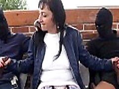 Maeva baise avec des blacks pour la premi&egravere fois