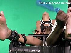Ebony Q-Ts Big Ticklish Feet
