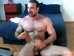 Muscle Daddy Eats His Cum