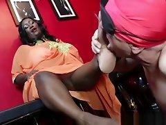 Robust handjob mom bbw Mistress Gets Her hd xxxsxxx Worshiped and Pampered