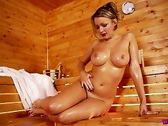 Penny Lee Oils Up Her mini girl indian torture cash school cik anal Juicy bono alaya In Steamy Sauna!
