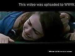 mlada srbkinja, prisiljena s strani 3 fantov filmska scena