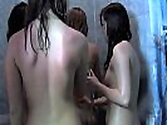 alasti tüdrukud vannis
