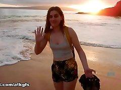 आप सूर्यास्त का आनंद के साथ Niki पर rain girlz secretary groped pantyhose japanese तट - ATKGirlfriends