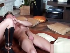 Mofos - Mofos hd masterbasting Wide - Coco De Mal - My Short-Haired Eur