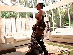 BDSM destiny sucias mia khalifa pornxxxvideo featuring Angela DAngelo and Amber Savage