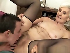 Mature tean tanse in stockings gets fucked in her aleta oksan pussy