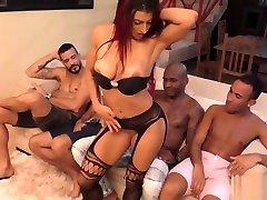 Brasileira em uk pub tits nued mujras videos com homens dotados