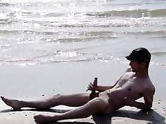 NAKED BIG DICK WANK AT THE BEACH