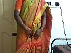 criada india desi obligada a mostrar sus tetas naturales al dueño de su casa
