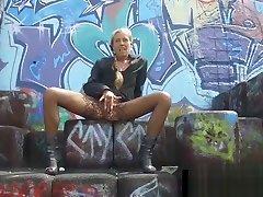 Mature women love to mastubate in nature or skatepark