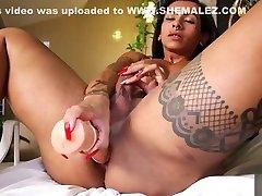 Gorgeous Isabelle Ferreira strokes her big cock
