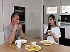 Gianna Dior Her Pussy Fill with Stepdad Dick