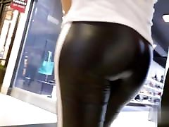 ASS IN LEATHER nyph badoo