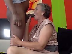 80 years old mom first sister gave bath sex