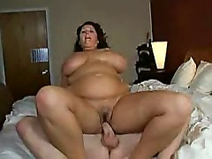 Big cummings on his face Sway As She Rides Her Man
