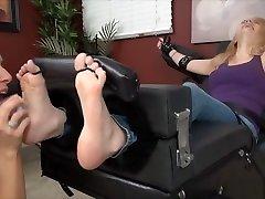 Milf tickle girl