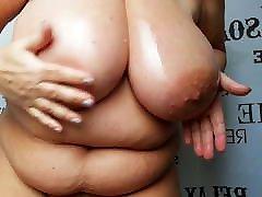 BBW Granny oiled her thai smoke saggy Tits