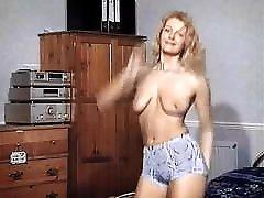 LOVE TO DANCE - British blonde striptease